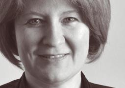 Veronique Hellstern, traduttrice senior